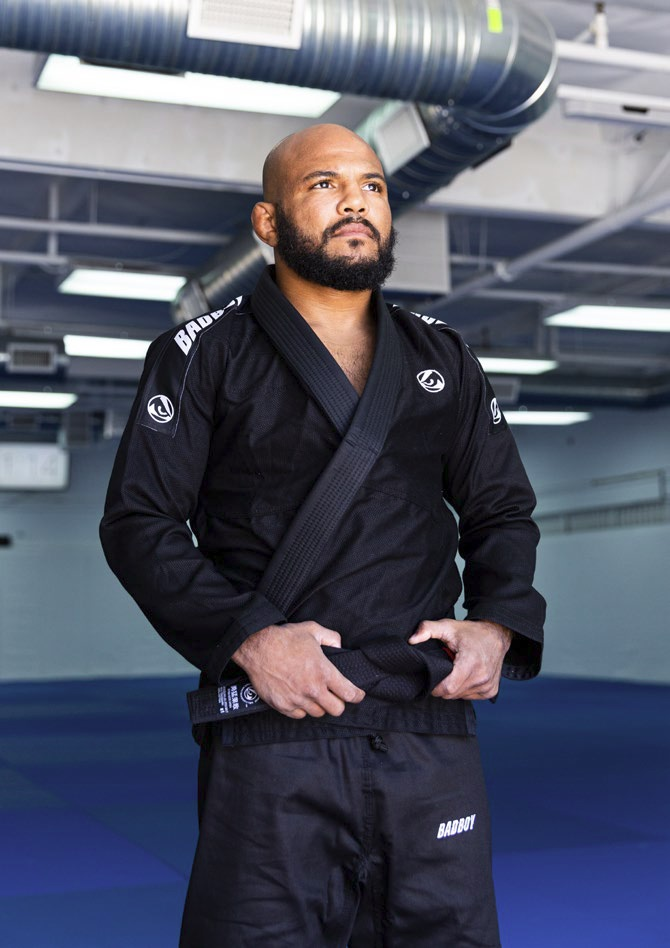 Кимоно Bad Boy Focus BJJ Gi с поясом Black